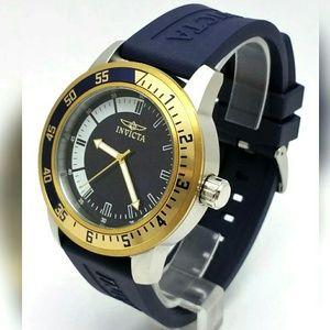 1 LEFT IN STOCK-NEW Invicta Men's watch